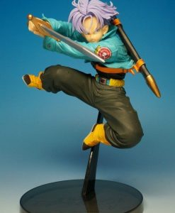 figura trunks 2
