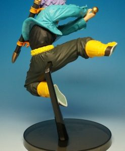 figura trunks 3